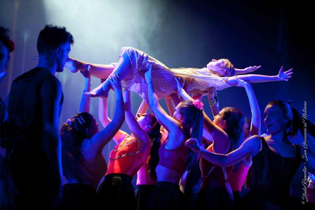 Corso danza moderna Arteinventando Moimacco